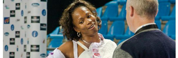 La guêpe, Laura Flessel portera le drapeau aux JO 2012